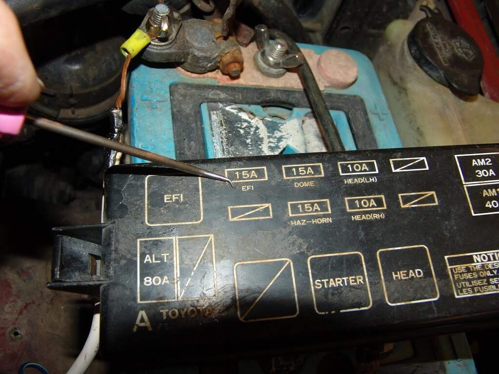 1994 Toyota Pickup Efi Fuseblows on 1995 toyota t100 fuse box diagram