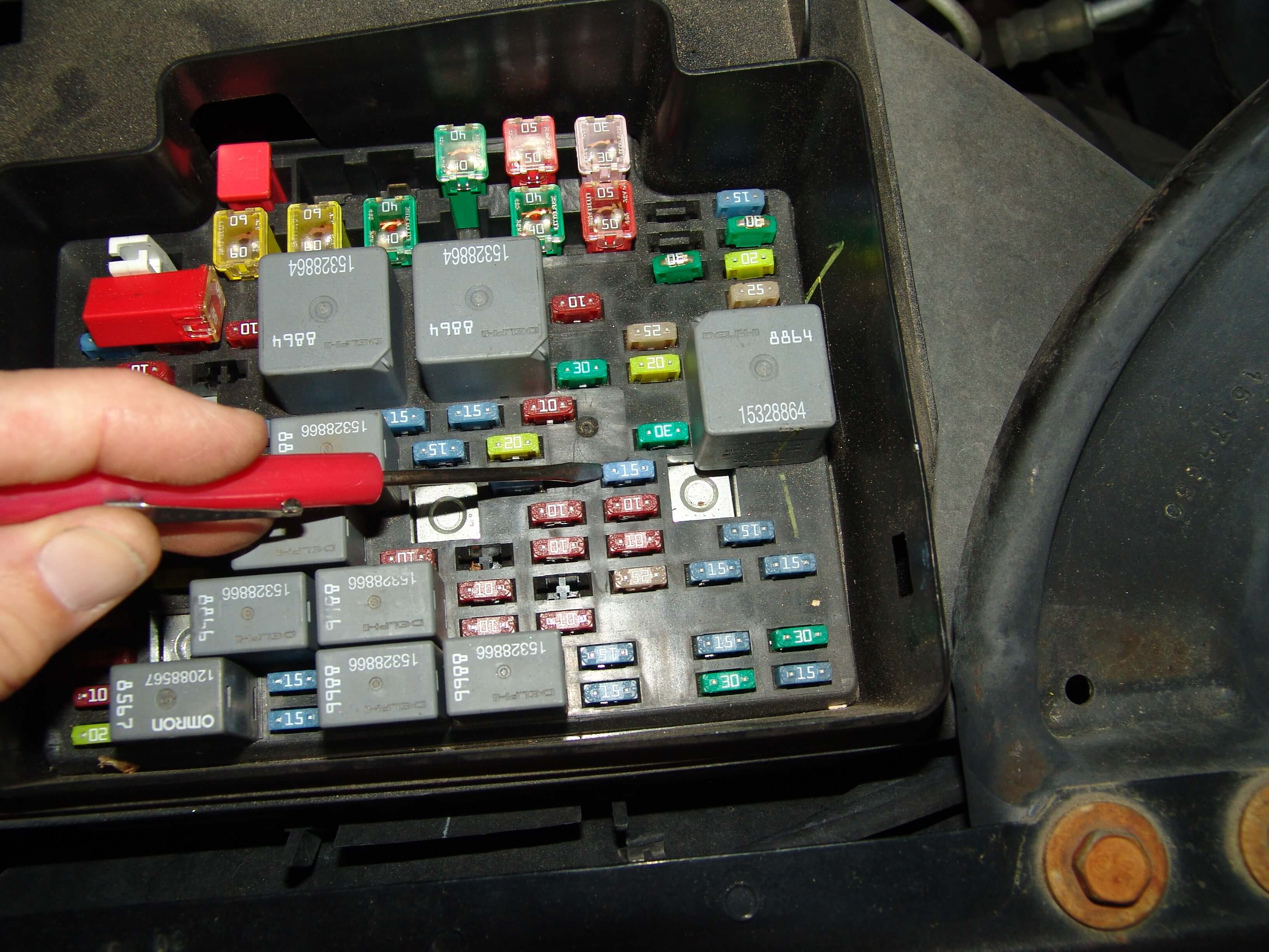 Chevy Avalanche 1500 Fuse Box on touareg trailer wiring diagram