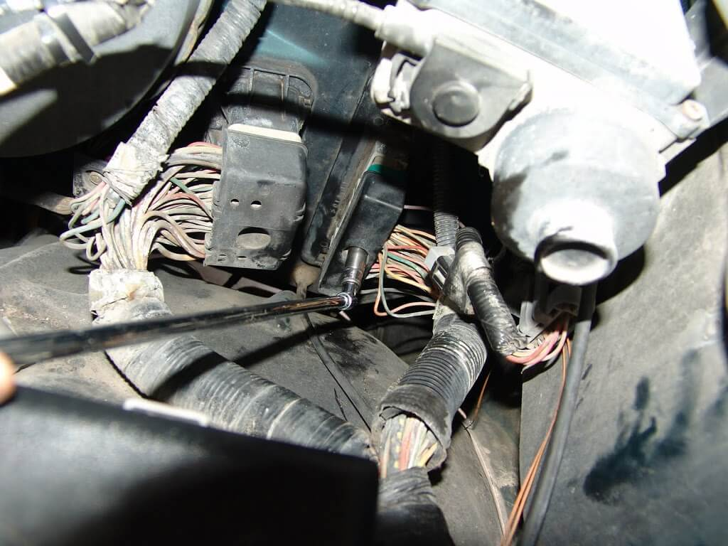 Dsc on 1994 Ford F 150 Air Conditioning